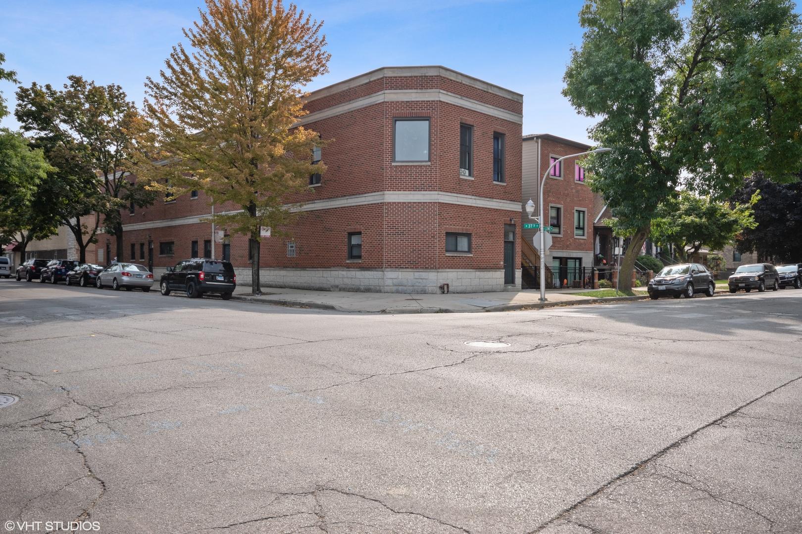 3701 S Lowe Avenue Unit 2M, Chicago IL 60609