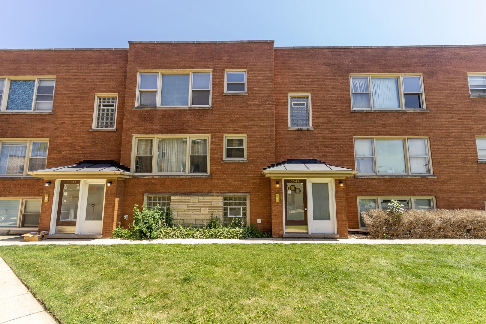5544 W HIGGINS Avenue Unit 2B, Chicago IL 60630