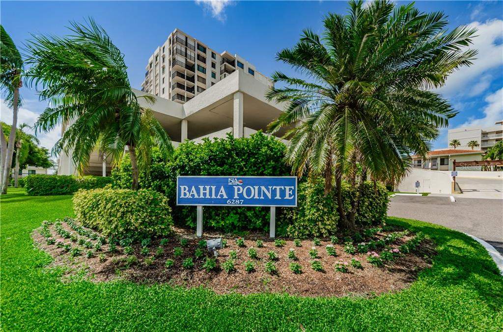 6287 BAHIA DEL MAR CIR #404, St Petersburg FL 33715