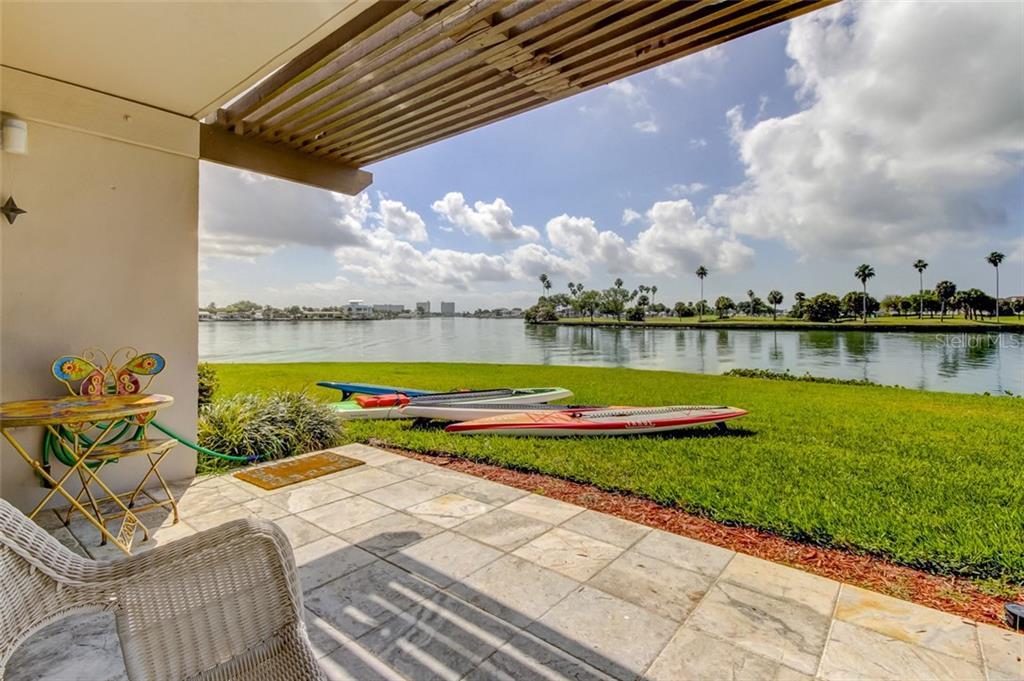 450 TREASURE ISLAND CSWY #108, Treasure Island FL 33706