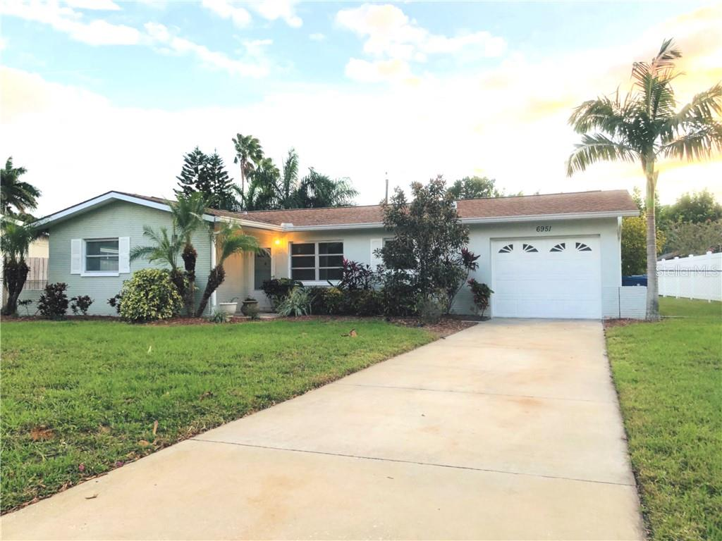 6951 S SHORE DR, South Pasadena FL 33707