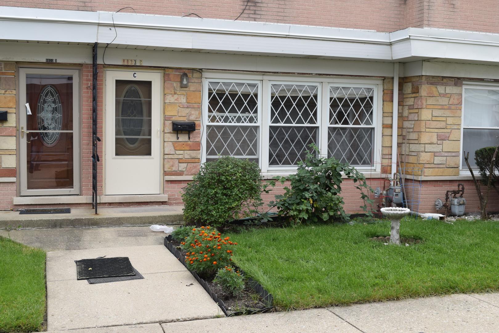 8833 N WASHINGTON Street Unit C, Niles IL 60714