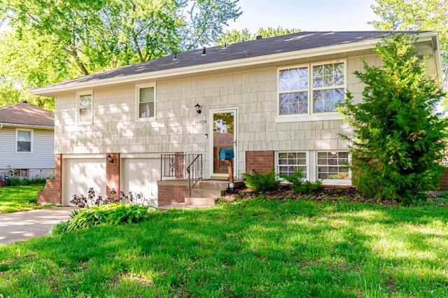 16020 E 37th Terrace, Independence MO 64055