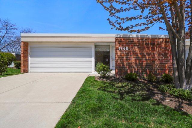 1748 Seton Road, Northbrook IL 60062