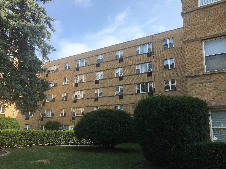 2115 W Farwell Avenue Unit 412, Chicago IL 60645