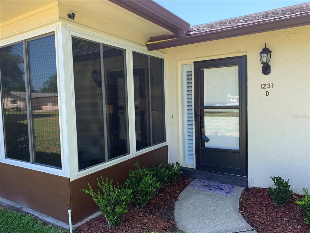 1231 QUEEN ANNE DR #D, Palm Harbor FL 34684