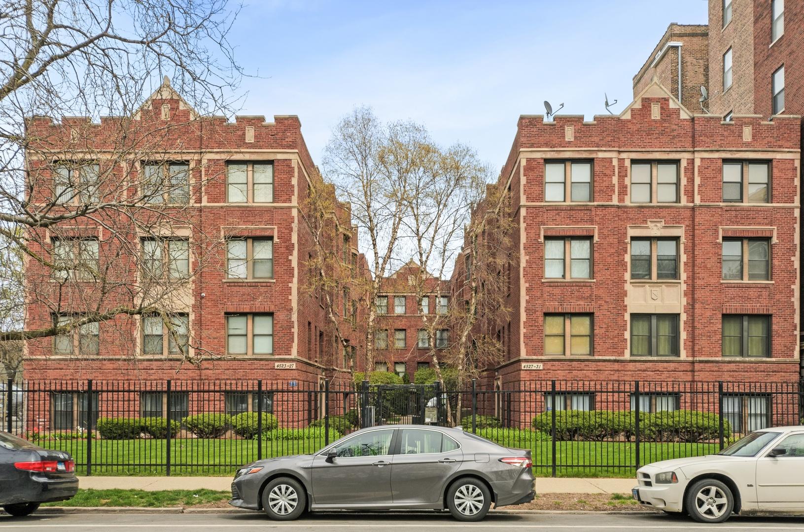 4523.5 S Drexel Boulevard Unit 3W, Chicago IL 60653