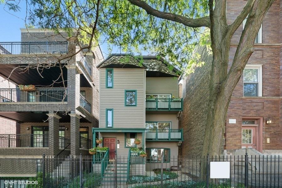 3223 N Kenmore Avenue Unit 1, Chicago IL 60657
