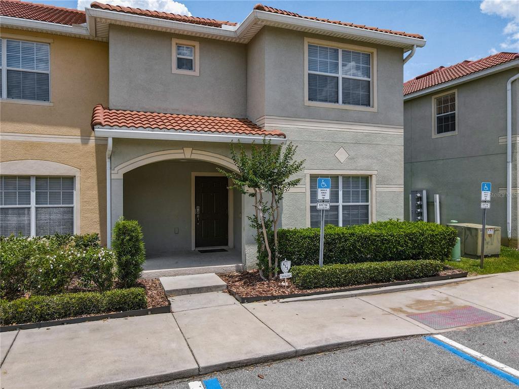 8967 CALIFORNIA PALM RD, Kissimmee FL 34747