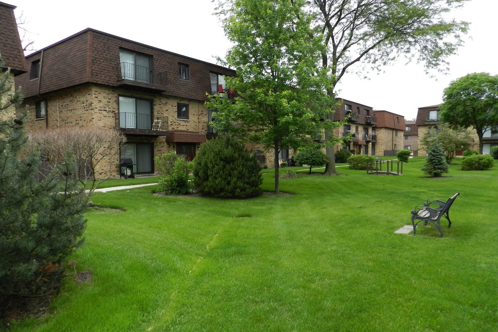 9710 Bianco Terrace E Unit E, Des Plaines IL 60016