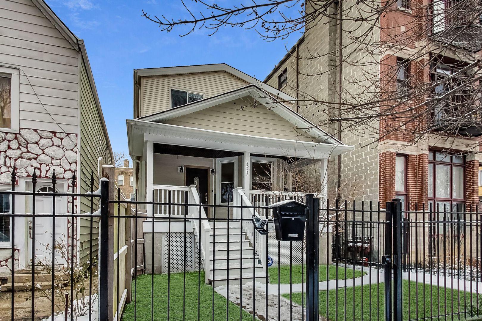 3938 W Argyle Street, Chicago IL 60625