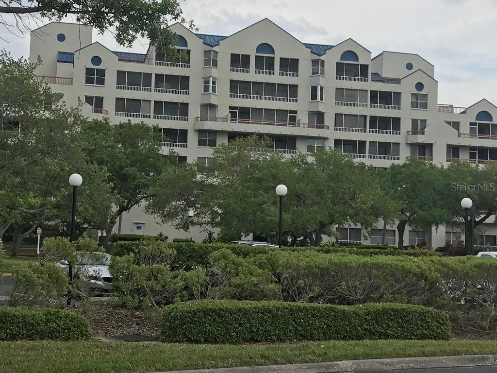 2333 FEATHER SOUND DR #B101, Clearwater FL 33762