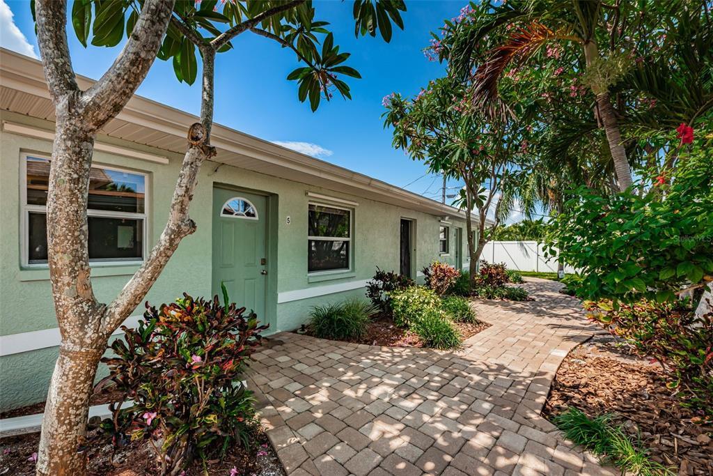 9040 BLIND PASS RD #B5, St Pete Beach FL 33706