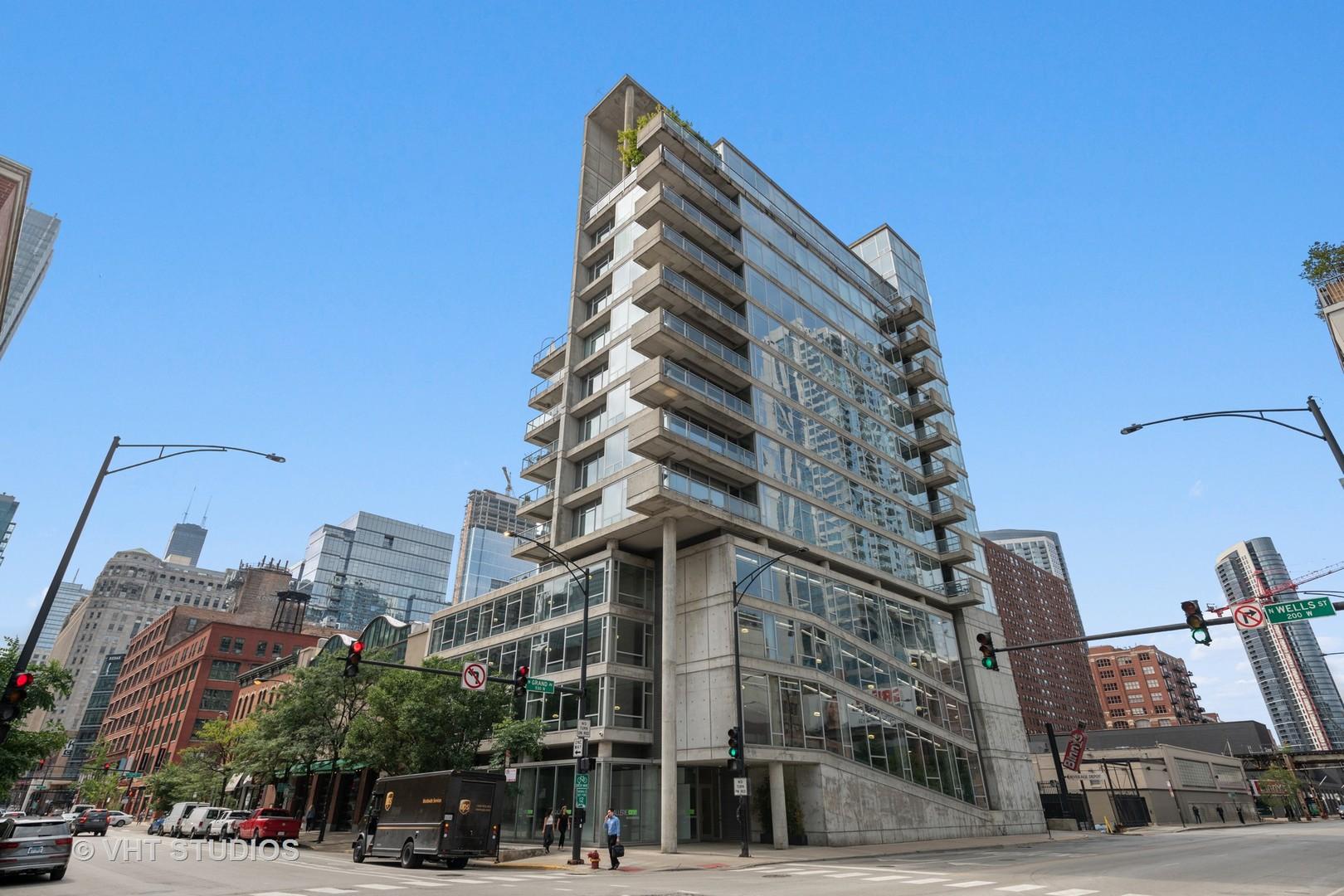 201 W Grand Avenue Unit 602, Chicago IL 60654