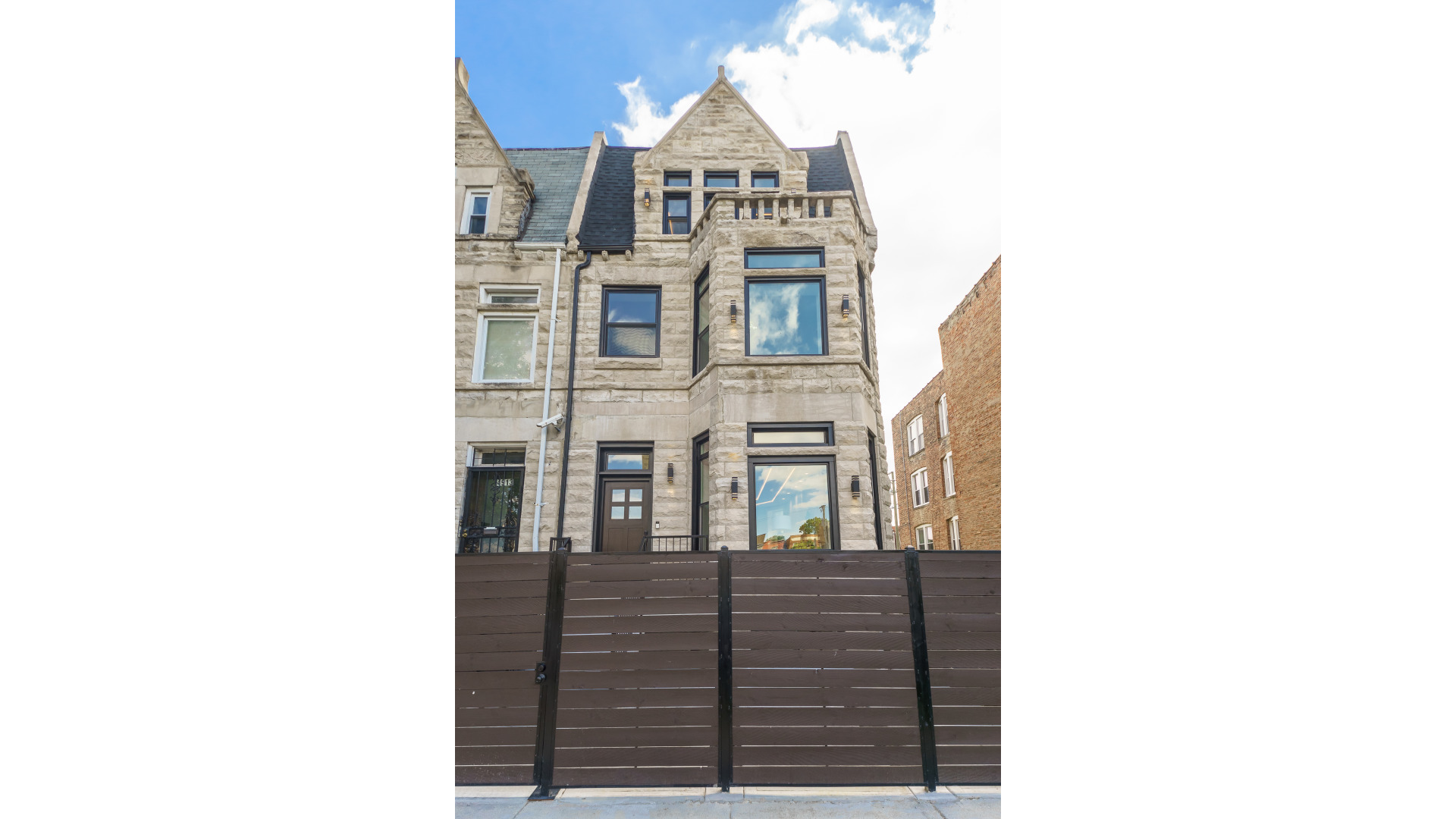 4915 S Forrestville Avenue, Chicago IL 60615