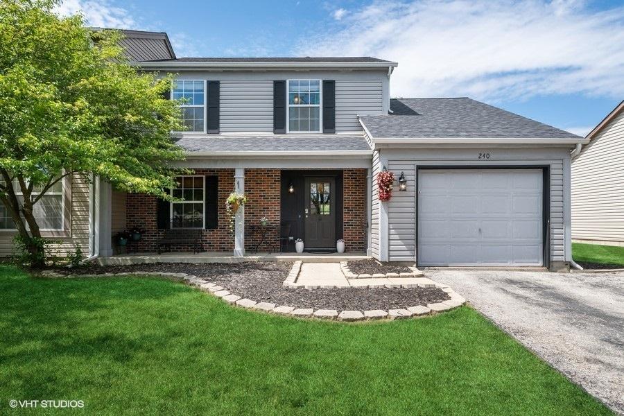 240 Wilton Lane, Mundelein IL 60060