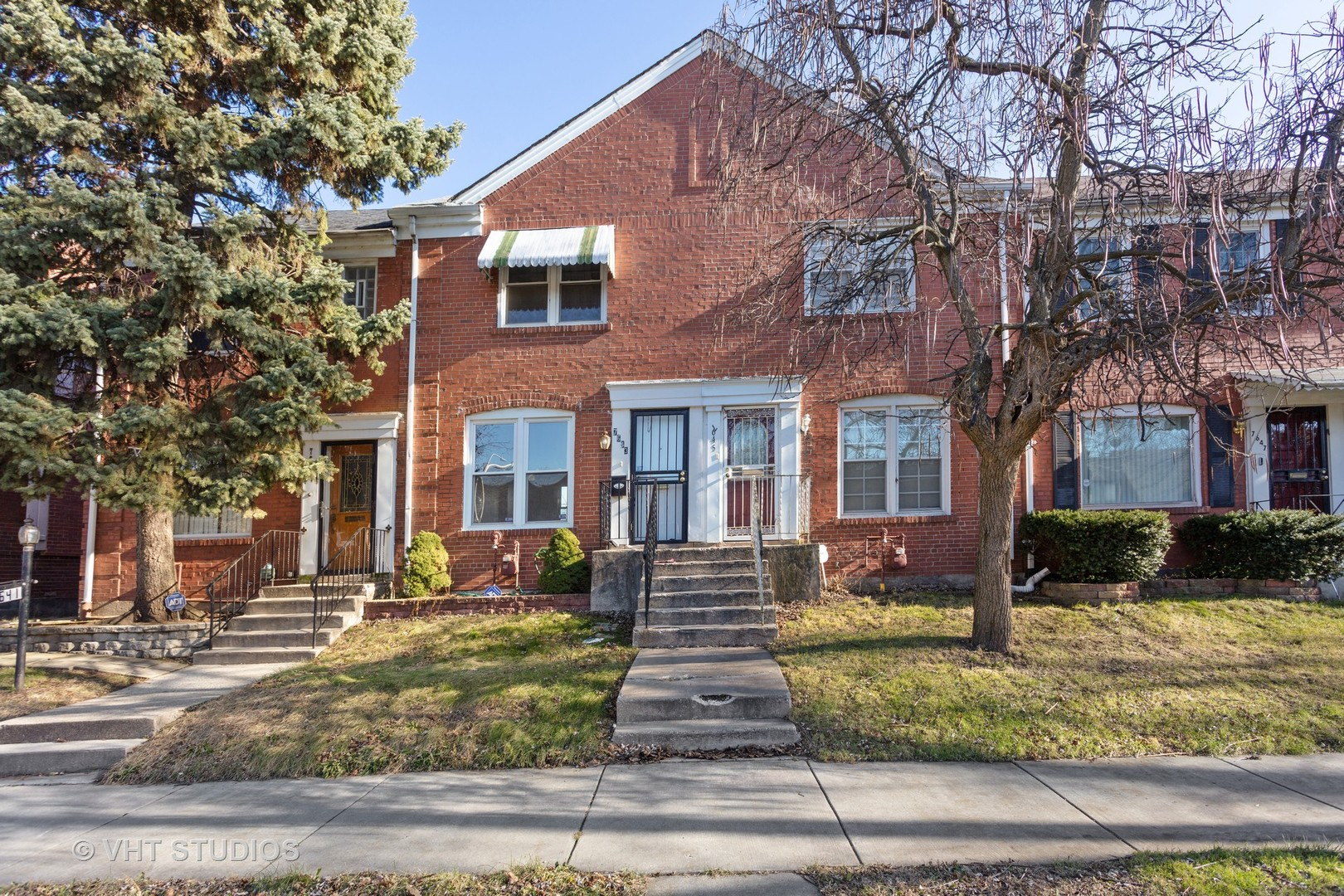 7643 S Euclid Avenue, Chicago IL 60649