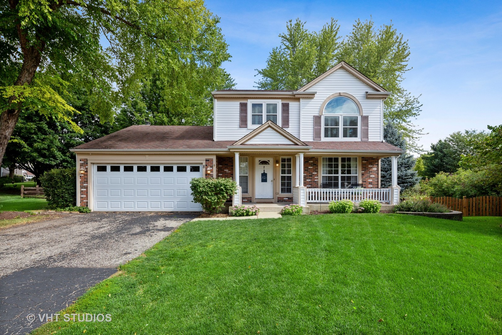 8 RAINTREE Court, Cary IL 60013