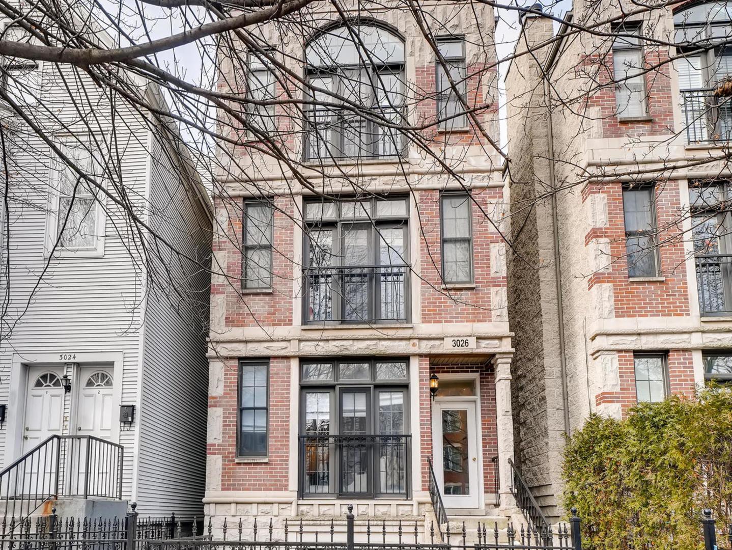 3026 N Seminary Avenue Unit 3, Chicago IL 60657