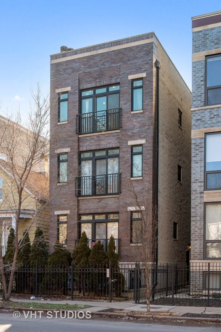 2846 N Damen Avenue Unit 3, Chicago IL 60618