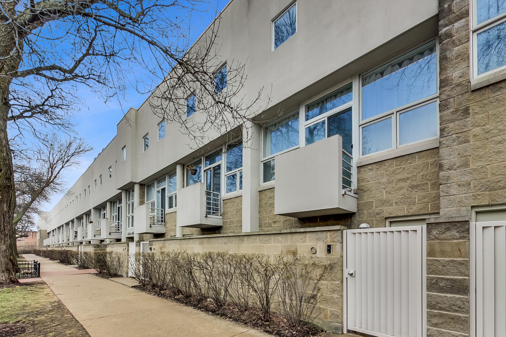 2826 N Talman Avenue Unit D, Chicago IL 60618