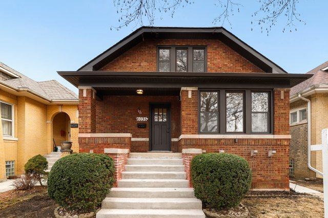 6035 N Maplewood Avenue, Chicago IL 60659