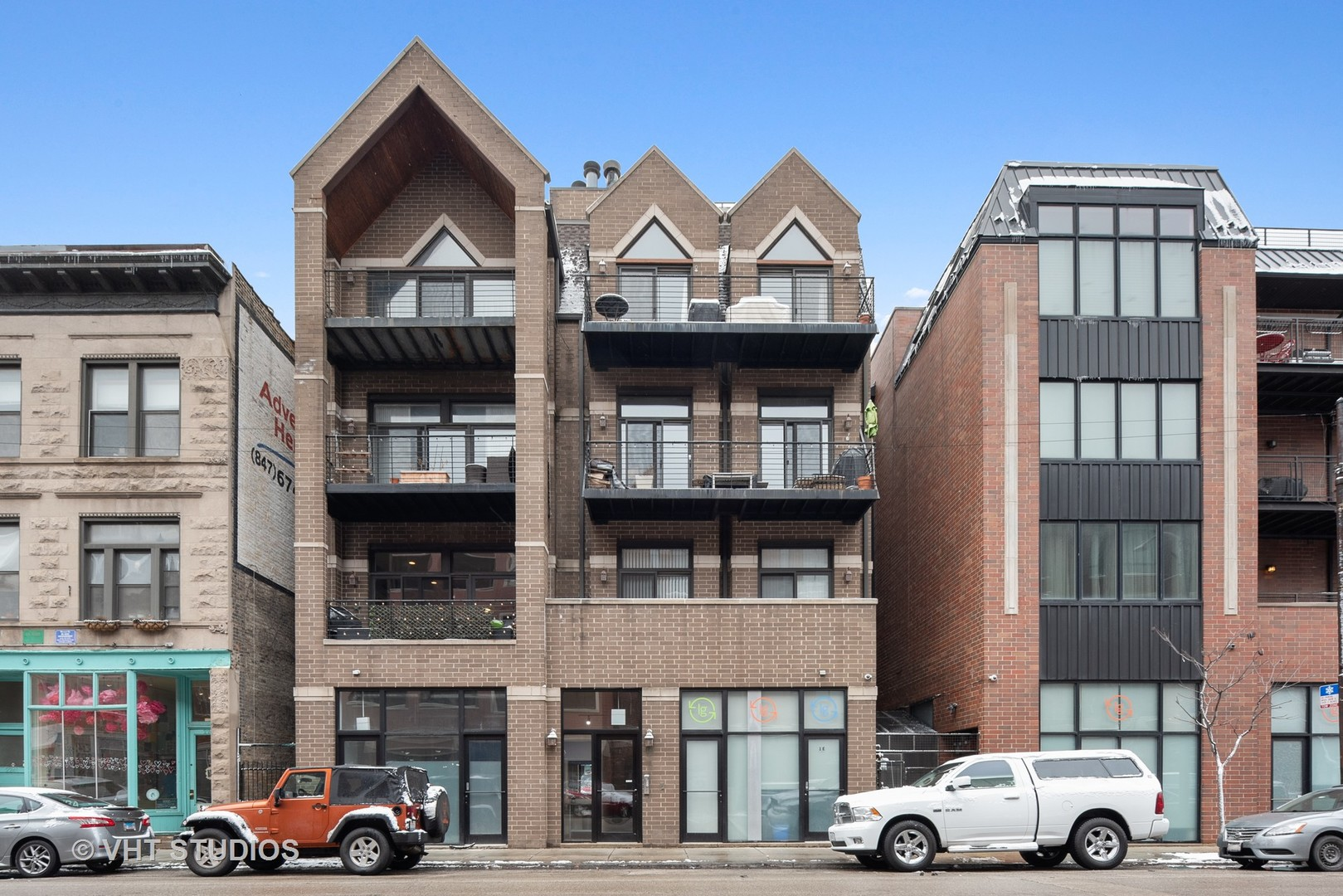 2240 W NORTH Avenue Unit 2W, Chicago IL 60647