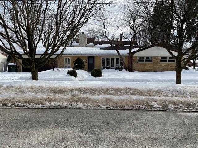 1243 Good Avenue, Park Ridge IL 60068
