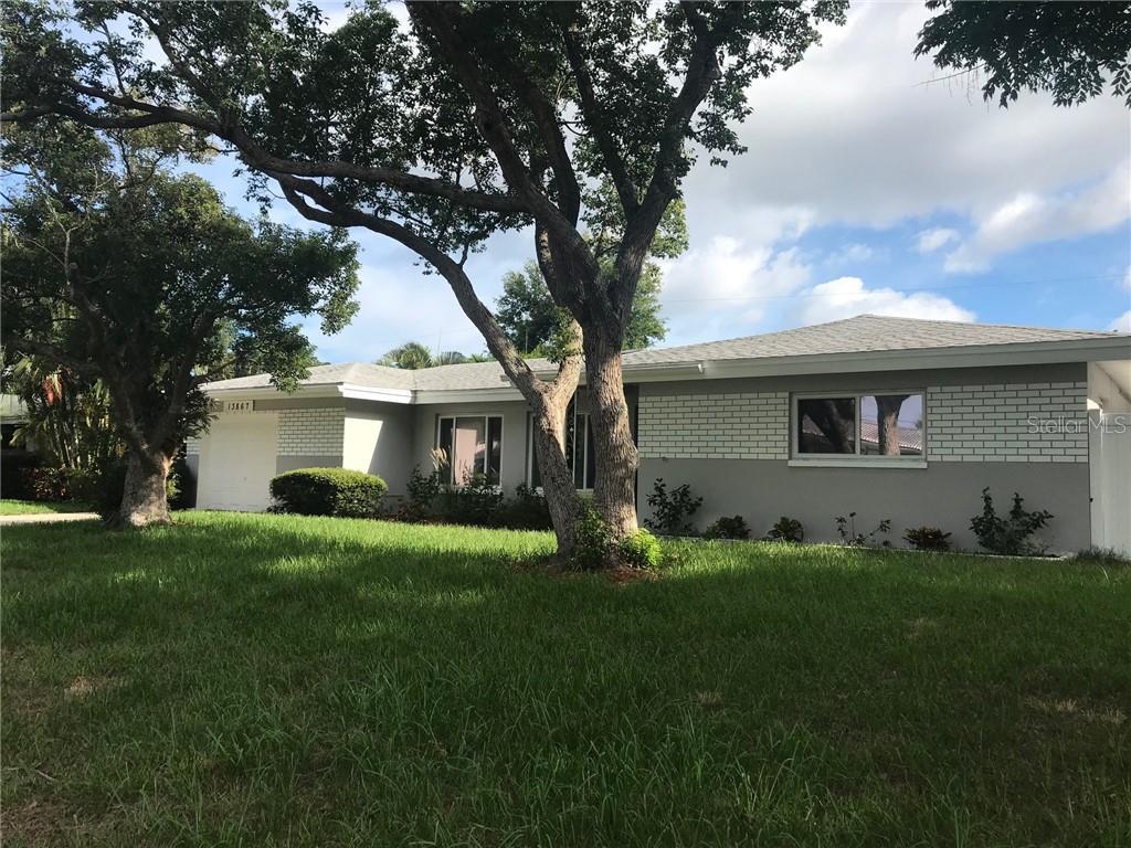 13867 MARTINIQUE DR, Seminole FL 33776