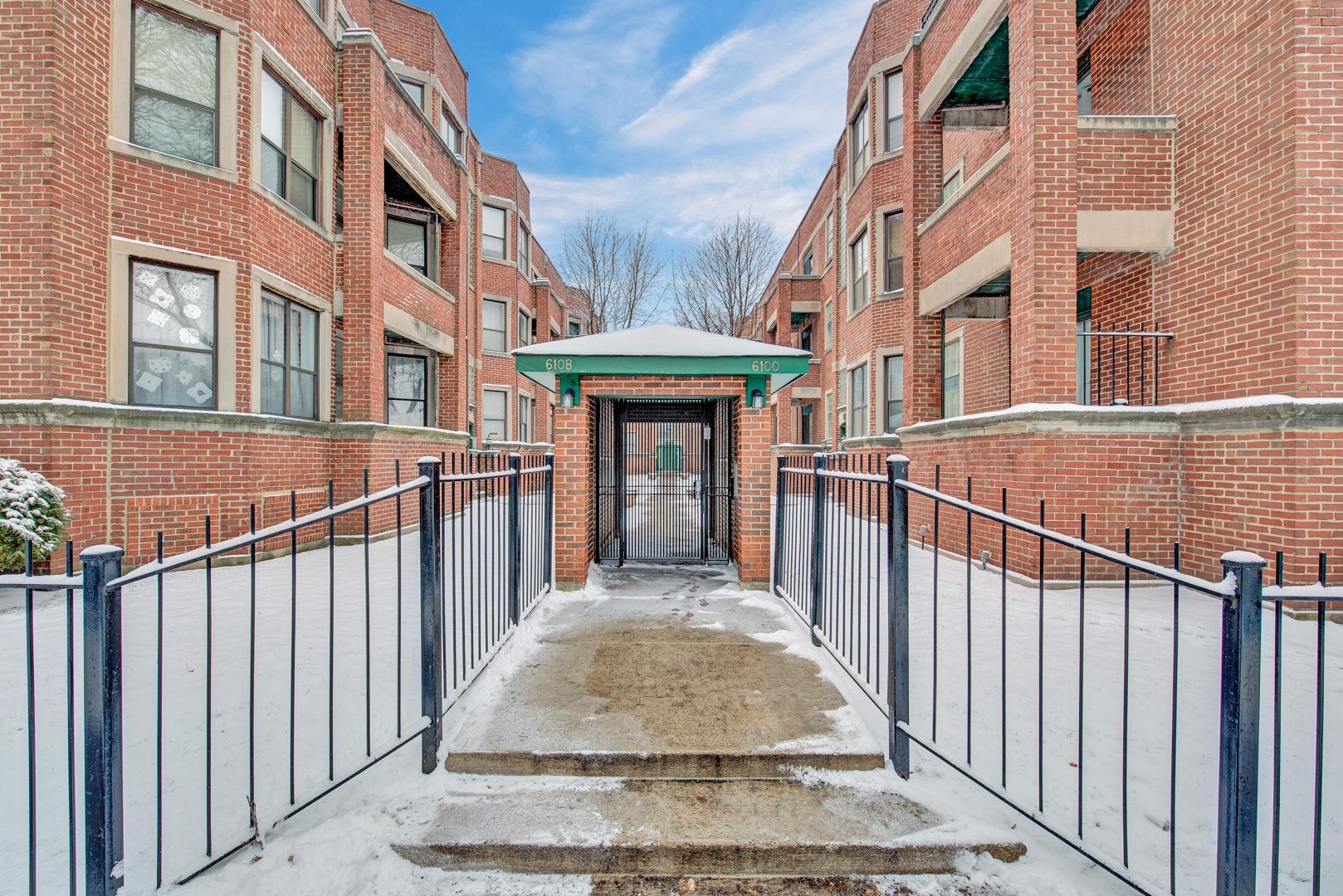 6106 S Dorchester Avenue Unit 2W, Chicago IL 60637