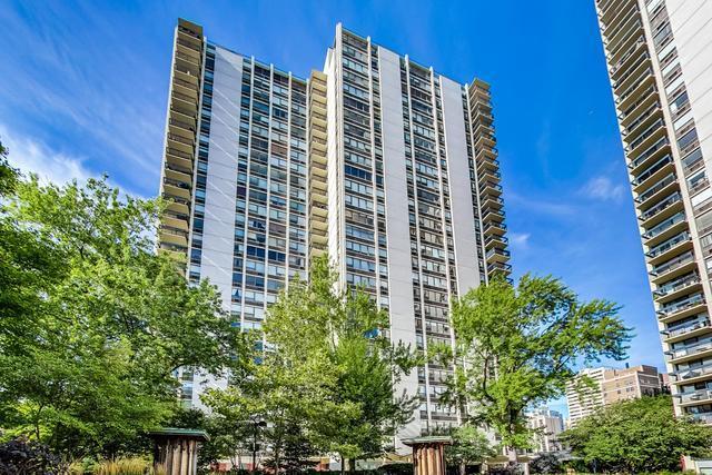 1360 N SANDBURG Terrace Unit 2704, Chicago IL 60610