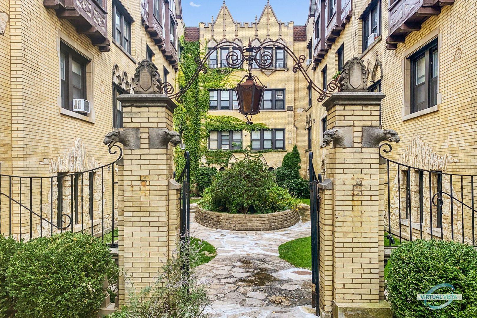5651 N Spaulding Avenue Unit 1, Chicago IL 60659