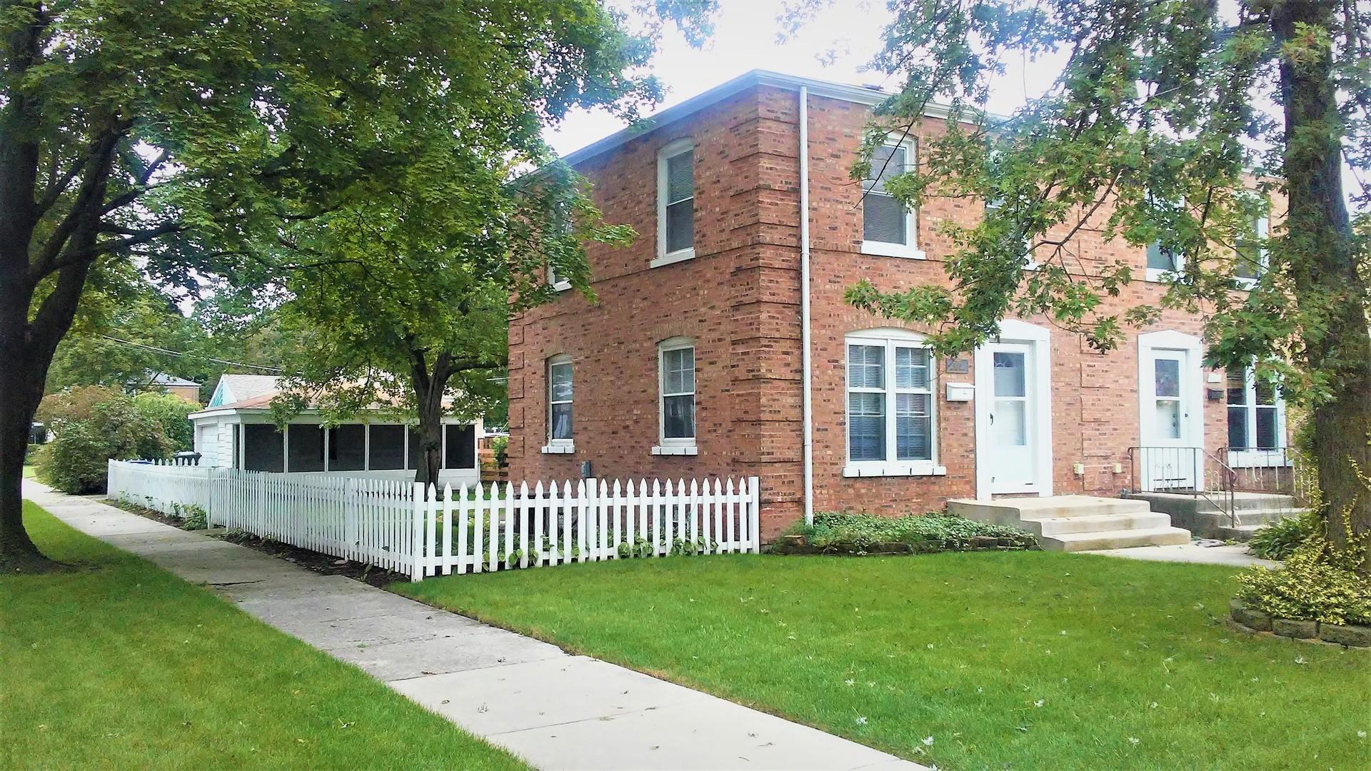 1890 Orchard Street, Des Plaines IL 60018