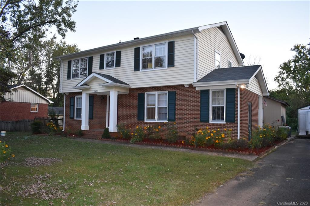 7422 Hillbourn Drive, Charlotte NC 28212