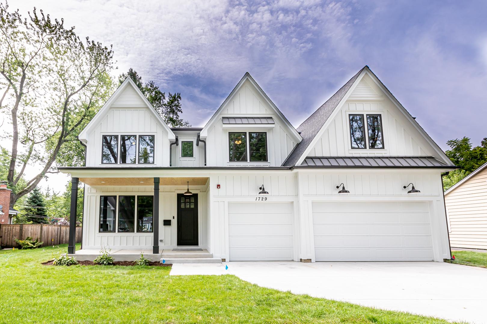 1607 Maple Avenue, Northbrook IL 60062