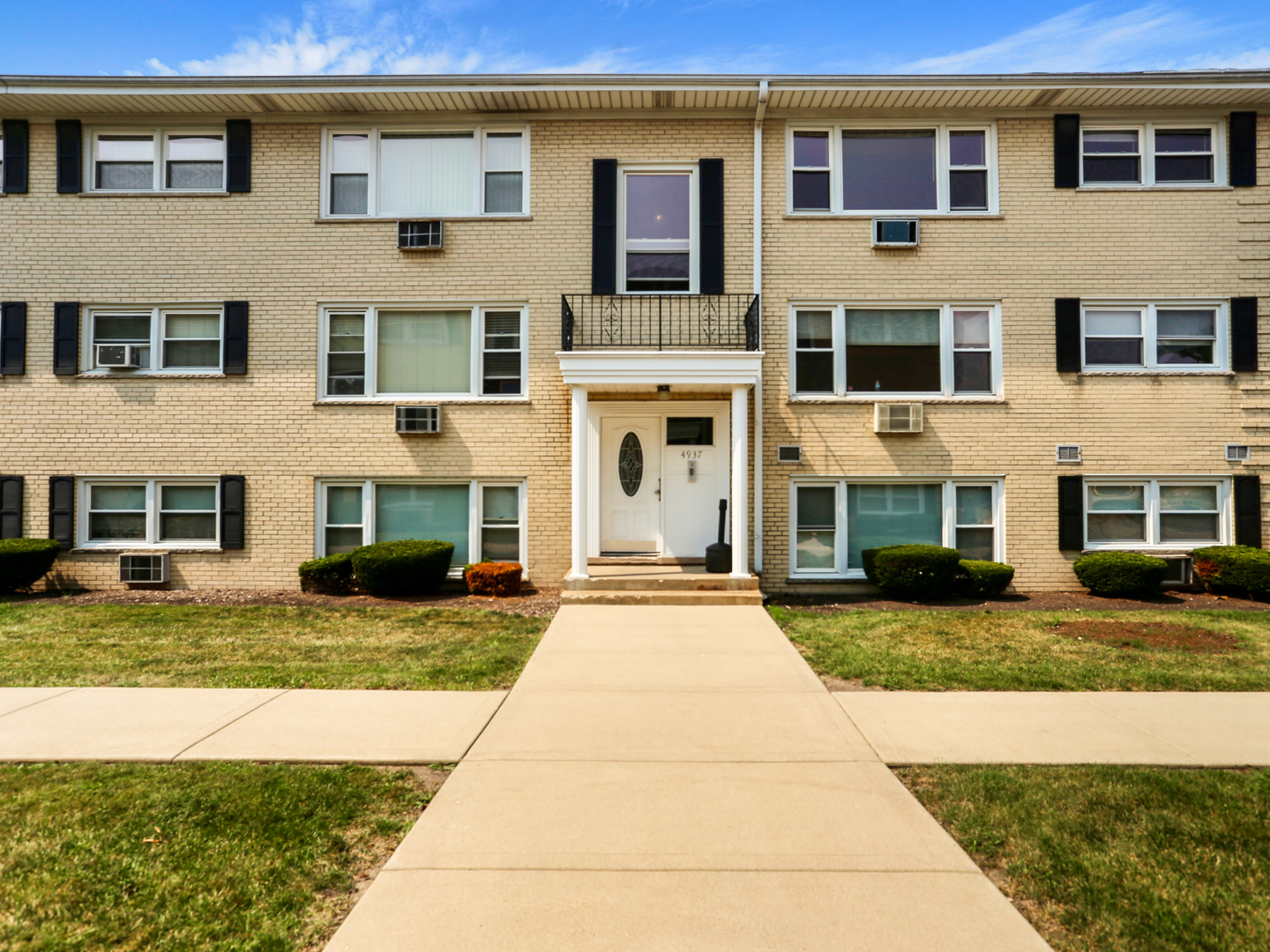 4937 N East River Road Unit 3B, Norridge IL 60706