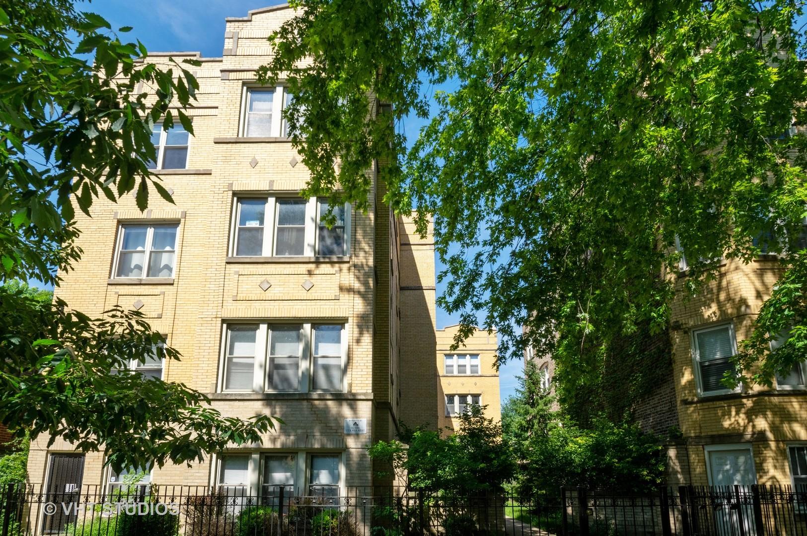 4104 N MOZART Street Unit 3W, Chicago IL 60618