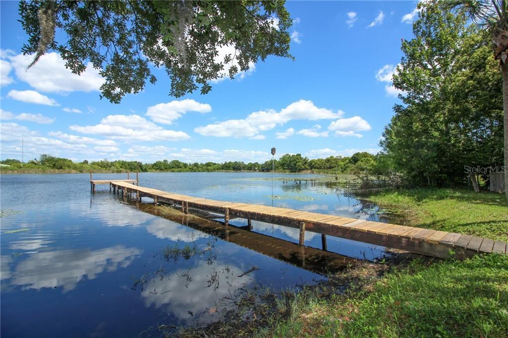 10 LOTUS LAKE DR, Casselberry FL 32707