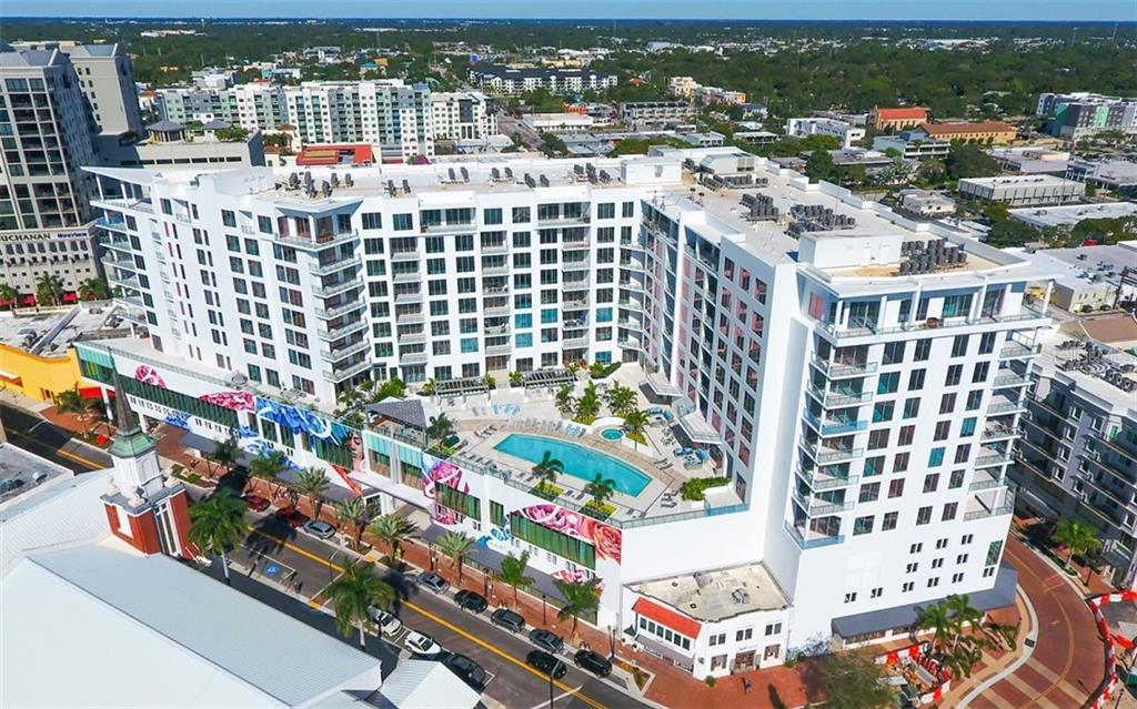 111 S PINEAPPLE AVE #920, Sarasota FL 34236
