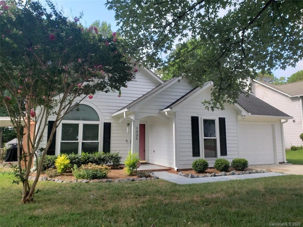 1335 Sugar Hollow Drive, Charlotte NC 28214