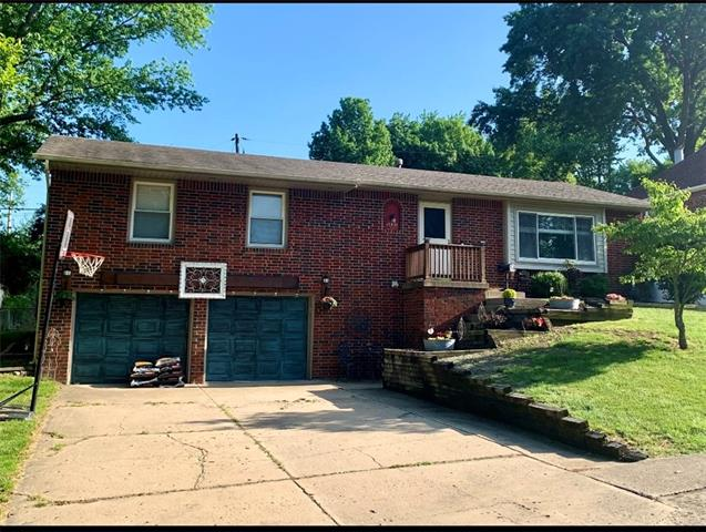 15401 E 40th Street, Independence MO 64055