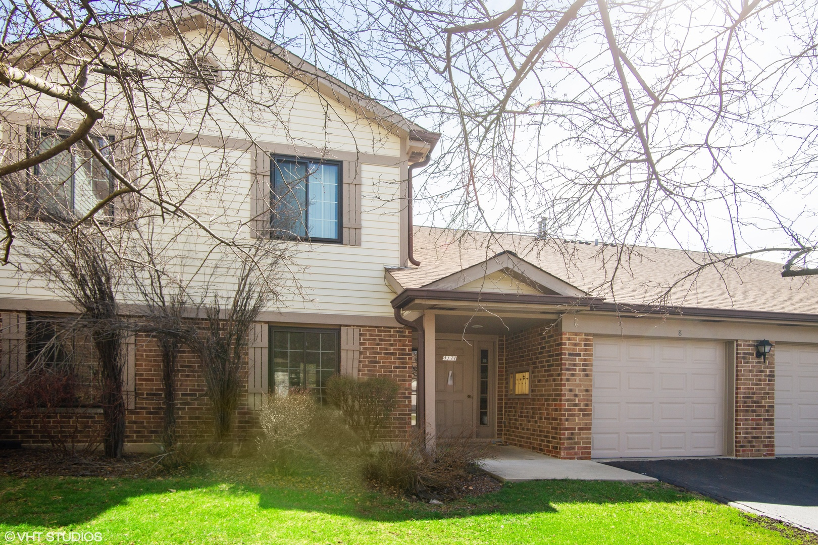 4131 N Pheasant Trail Court Unit 5, Arlington Heights IL 60004