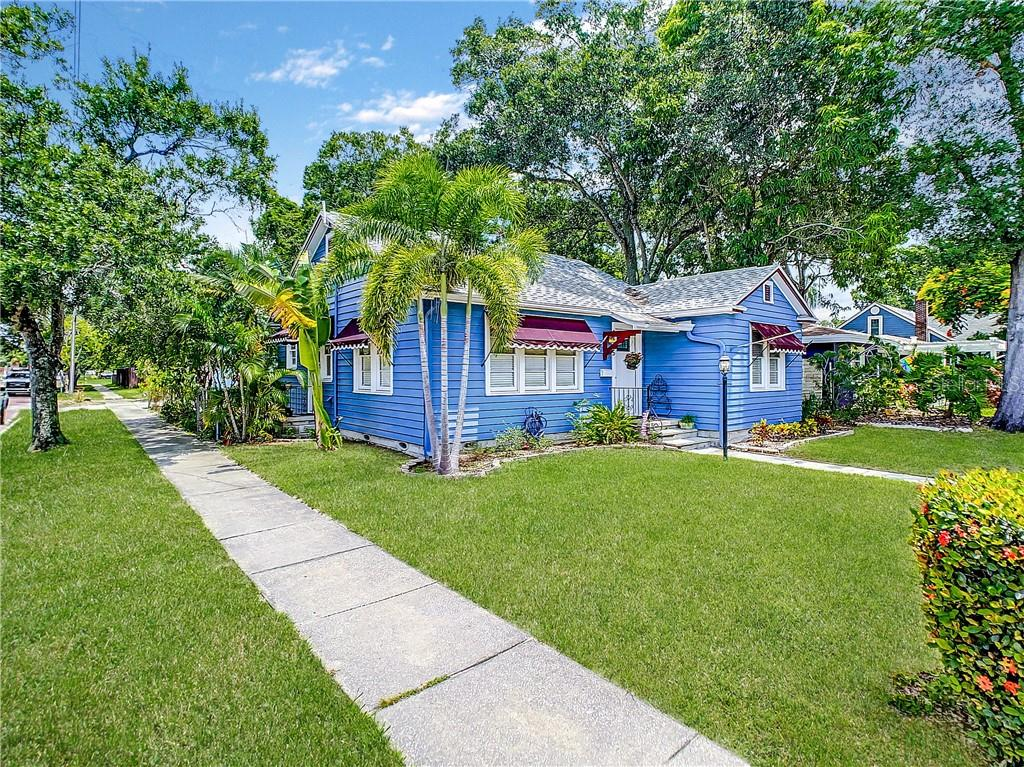 2465 6TH AVE N, St Petersburg FL 33713