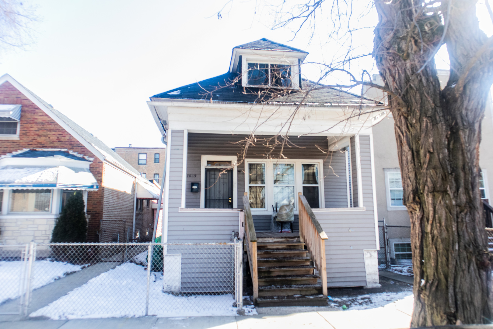 7839 S Maryland Avenue, Chicago IL 60619