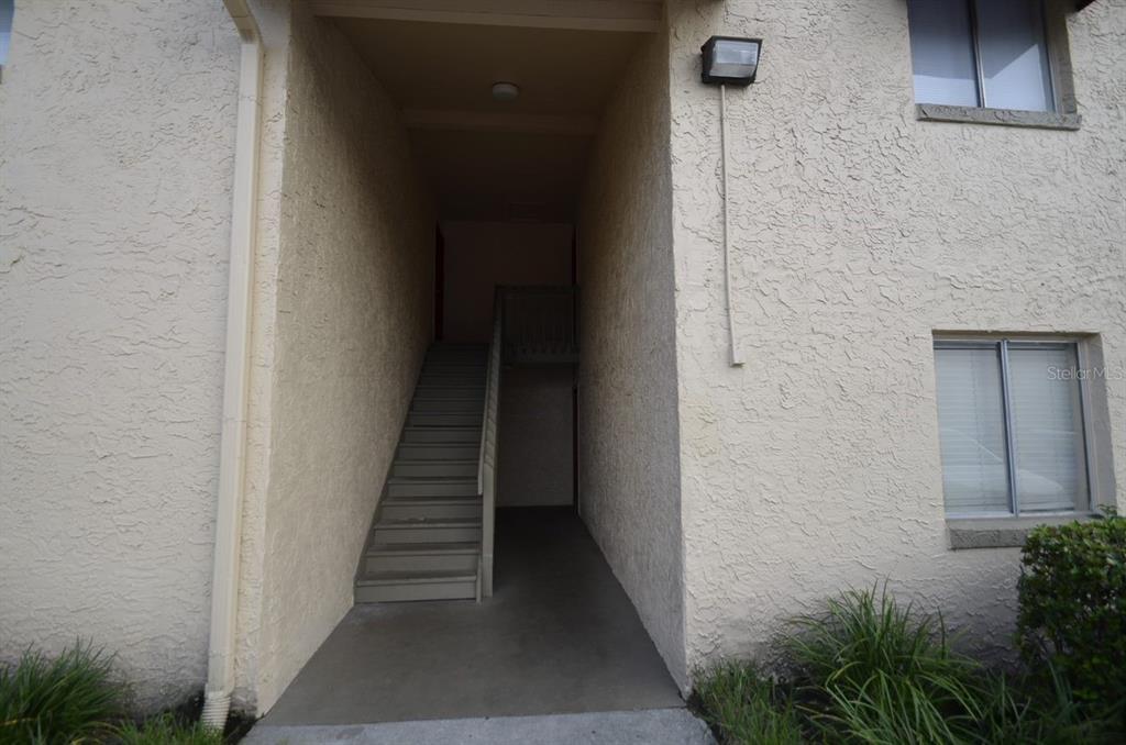4401 S SEMORAN BLVD #6, Orlando FL 32822