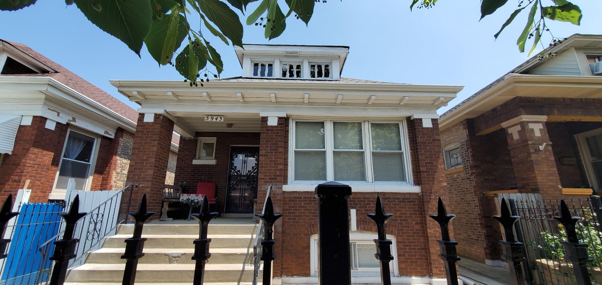 5943 S Washtenaw Avenue, Chicago IL 60629