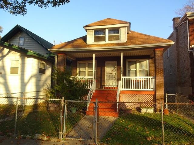 8015 S Ridgeland Avenue, Chicago IL 60617