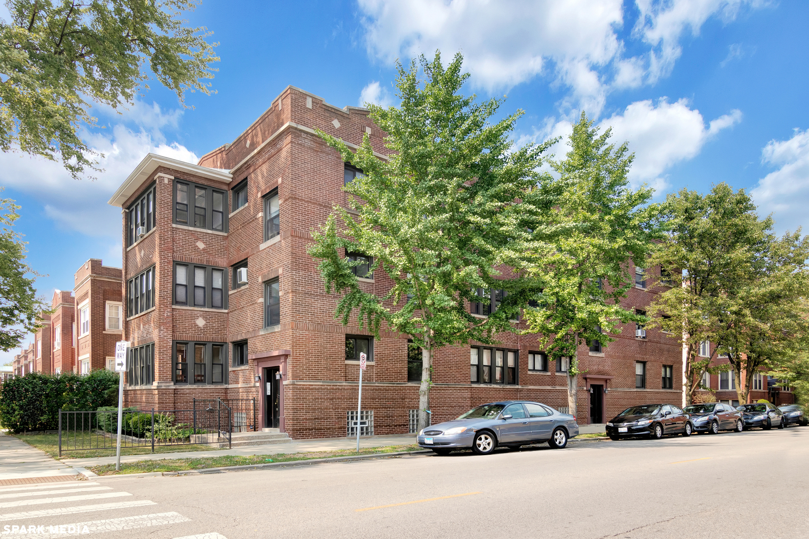 4306 N Laramie Avenue Unit 2, Chicago IL 60641