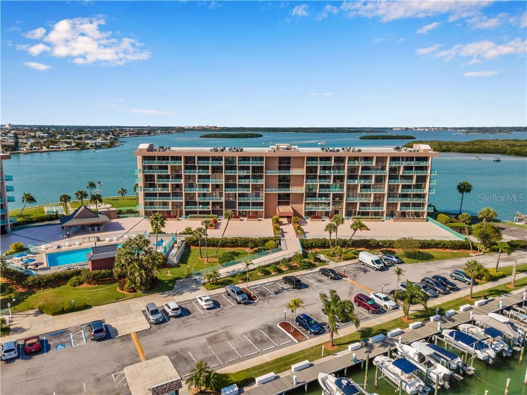 1 KEY CAPRI #611E, Treasure Island FL 33706