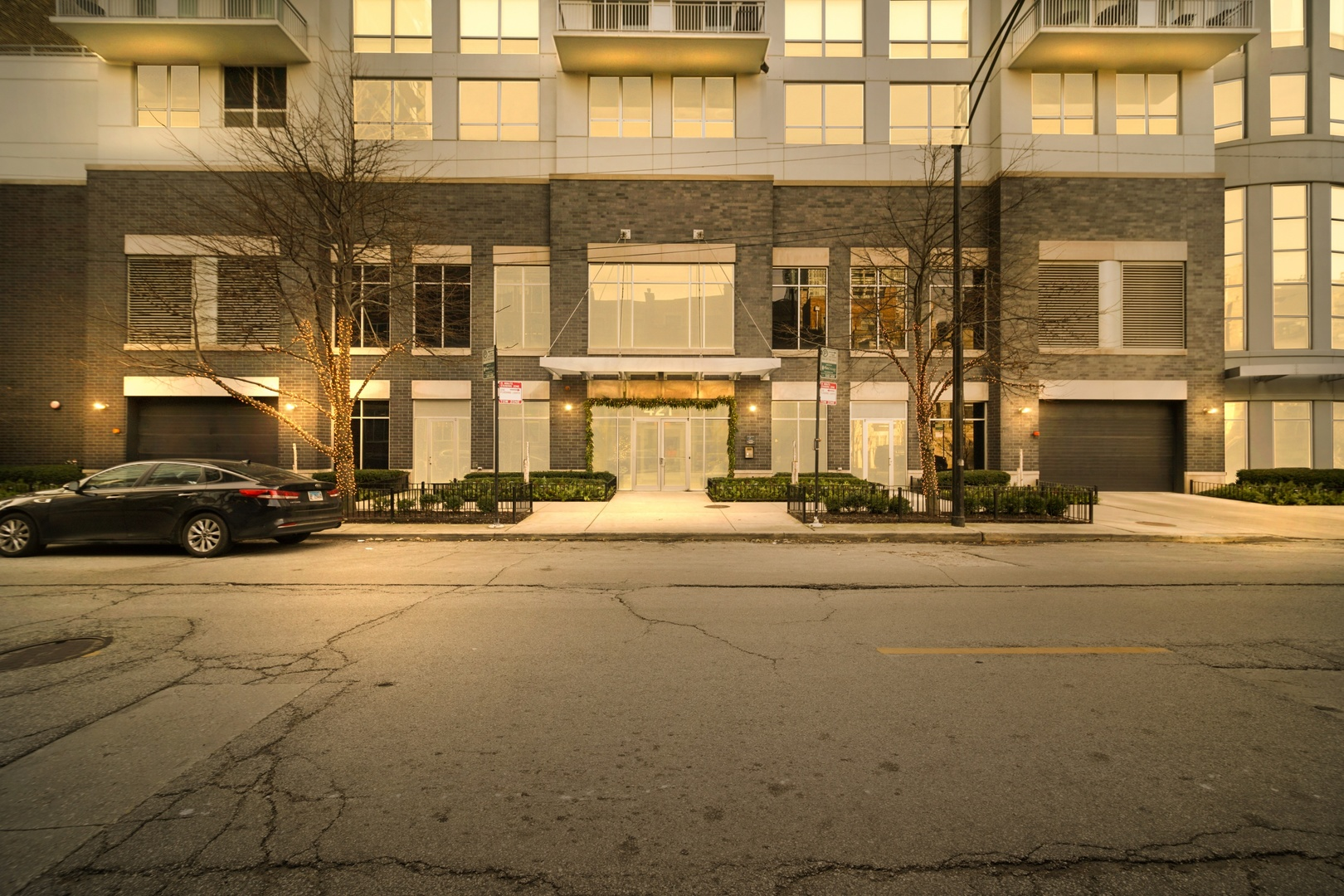 421 W Huron Street Unit 801, Chicago IL 60654